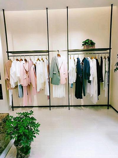 Development Trend of Clothing Display Racks