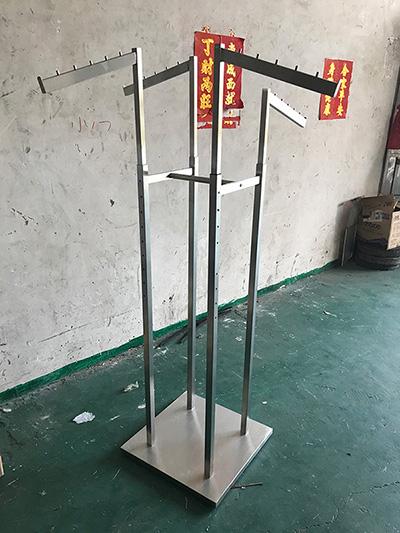 Flexible Clothing Display Racks