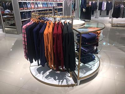 Round Clothing Display Racks