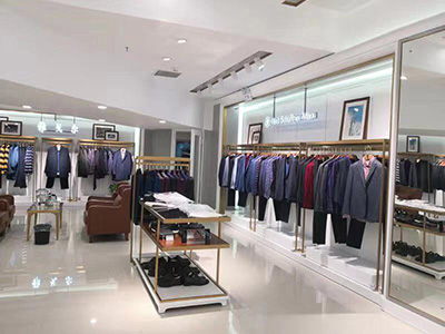 The Influence of Color on Island Clothing Display Racks