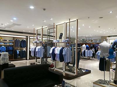 The Match Between Lighting and Clothing Display Racks